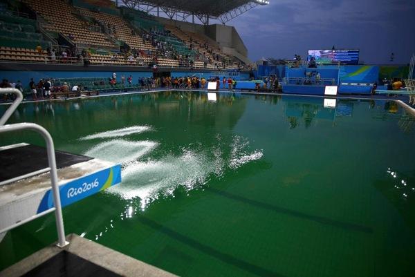 rio-olympic-pool