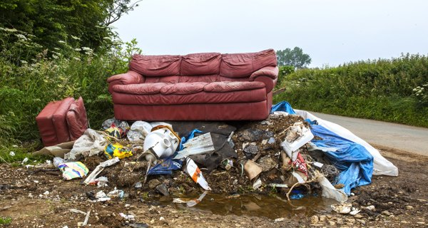 dumping-rubbish-uk