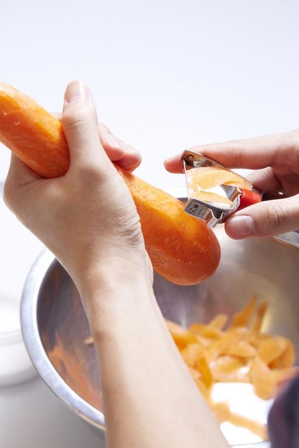 carrot-peeling