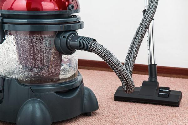 vacuum-cleaner-small